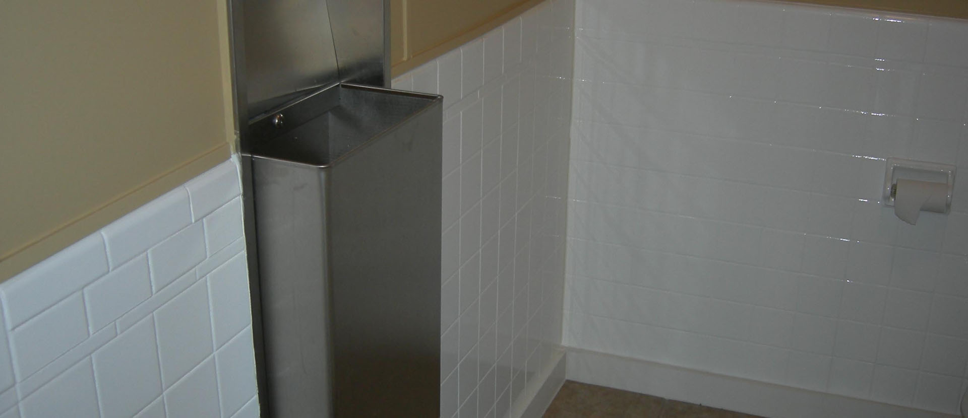 Gentil AAA Electrostatic Painting: Electrostatic Painting And Bathtub Refinishing  In Omaha, Lincoln And Des Moines